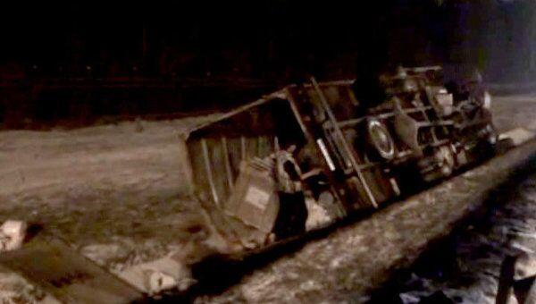 Грузовик перевернулся на МКАД в аварии с участием восьми автомобилей
