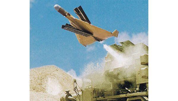Американский беспилотный летательный аппарат обстрелял в ночь на четверг территорию Пакистана на границе с Афганистаном, уничтожены по меньшей мере четыре боевика, еще пятеро получили ранения