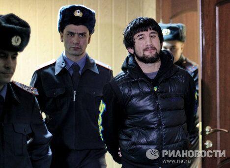 Рассмотрение ходатайства о продлении ареста Расулу Мирзаеву