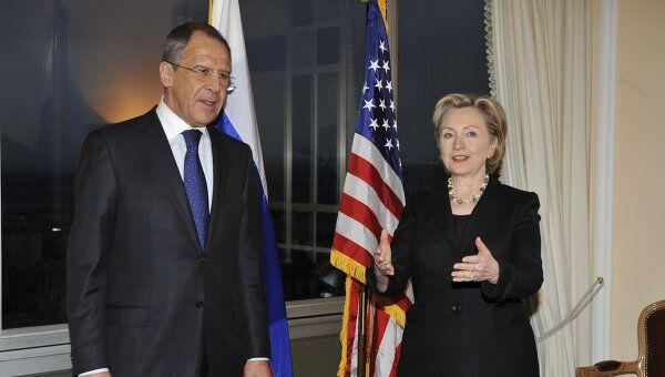 Глава МИД РФ Сергей Лавров и госсекретарь США Хиллари Клинтон. Архив