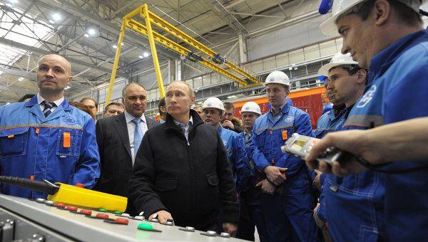 Премьер-министр РФ В.Путин посетил ЗАО Тихвинский вагоностроительный завод