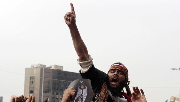 Протестующие на площади Тахрир в Каире