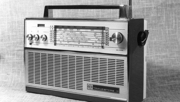 Транзисторный радиоприемник ВЭФ-17