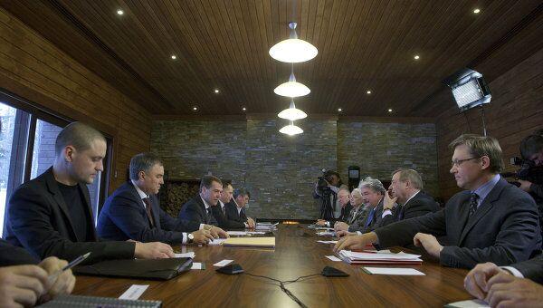Президент РФ Д.Медведев проводит встречу с лидерами незарегистрированных партий