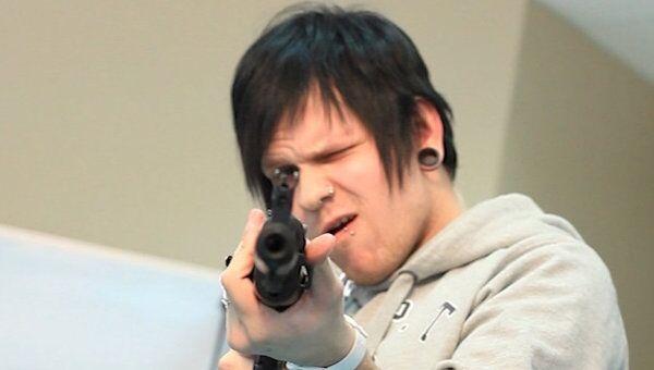 Мужские разборки с оружием, или Кто соберет автомат за 40 секунд