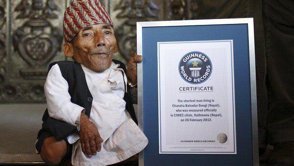 Самый маленький в мире человек Чандра Бахадур Данги, архивное фото