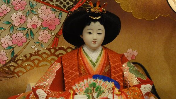 Кукла придворного для праздника девочек в Японии
