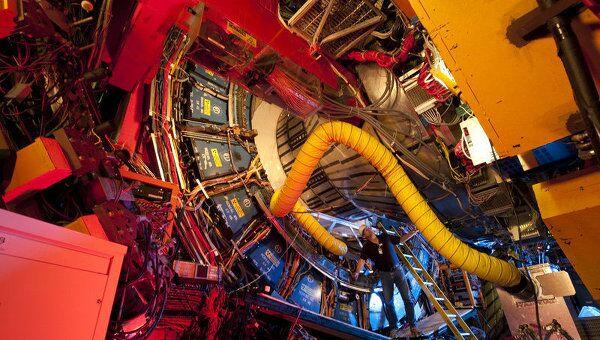 Детектор CDF американского коллайдера Теватрон