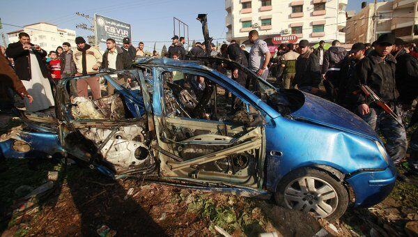 Автомобиль главы группировки Комитеты народного сопротивления, уничтоженный точечными ударами израильских ВВС