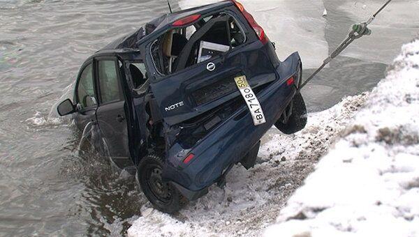 Nissan диджея Европы Плюс подняли со дна реки после ДТП в Москве
