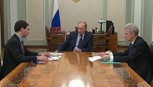 Путин дал месяц на решение судьбы веб-камер с избирательных участков