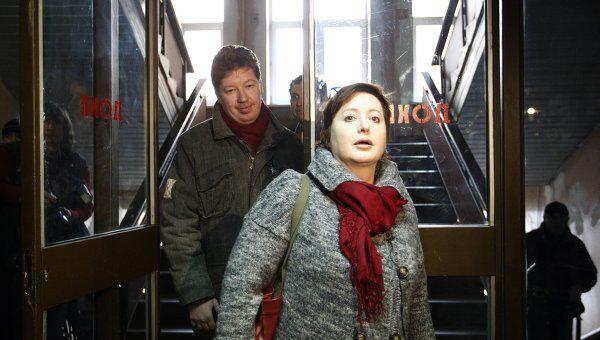 Бизнесмен Алексей Козлов c женой прибыли в здание суда