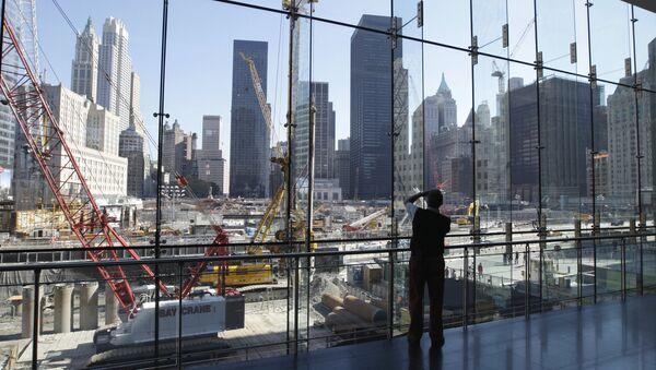 Стройка на месте разрушенных башен-близнецов в Нью-Йорке, архивное фото