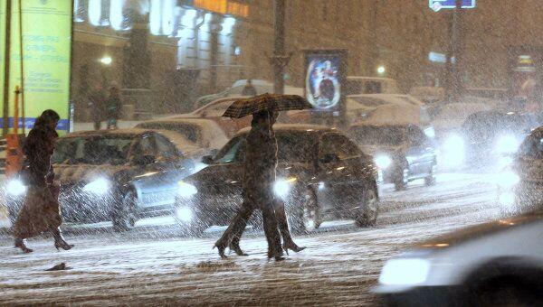 Циклон с Японского моря принес на Сахалин и Курилы ветер и мокрый снег