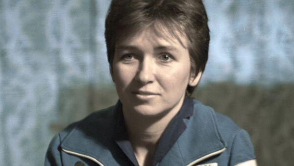 Елена Кондакова. Архив