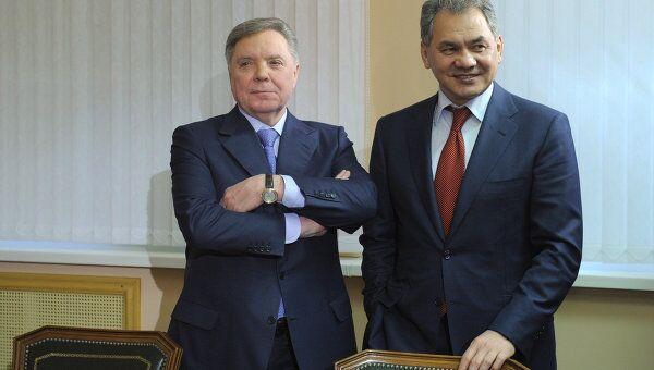 Сергей Шойгу и Борис Громов. Архив