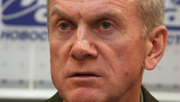 Представитель министерства обороны РФ генерал-полковник Анатолий Ноговицын во время пресс-конференции на тему Ситуация в Южной Осетии