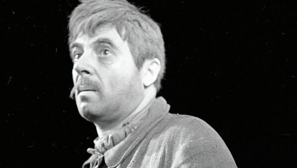 Владимир Этуш в спектакле Западня