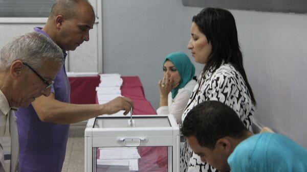 Избирательный участок в Алжире. Архивное фото