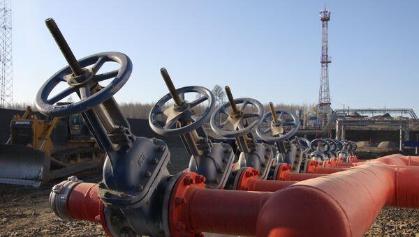 Винты нефтепровода. Архивное фото