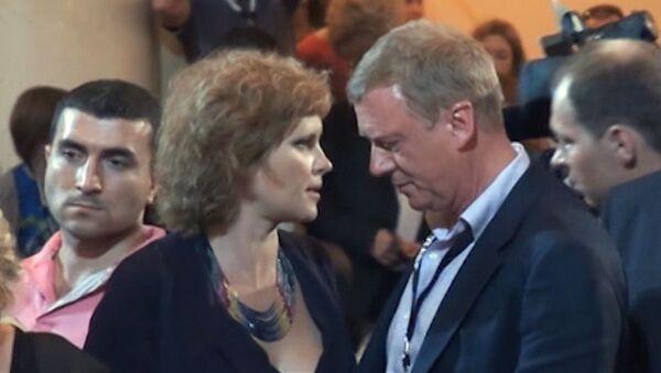 Закрытие Кинотавра:  Смирнова с Чубайсом и  Грачевский с беременной женой
