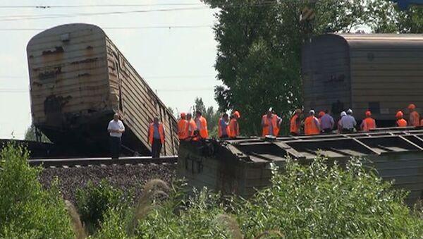 На месте происшествия: крушение крана в Троицке и пожар в Москве