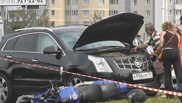 Грабители разбились на мотоцикле в Москве, скрываясь от полицейских