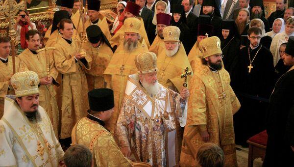 Патриарх Кирилл освятил храм в Катыни