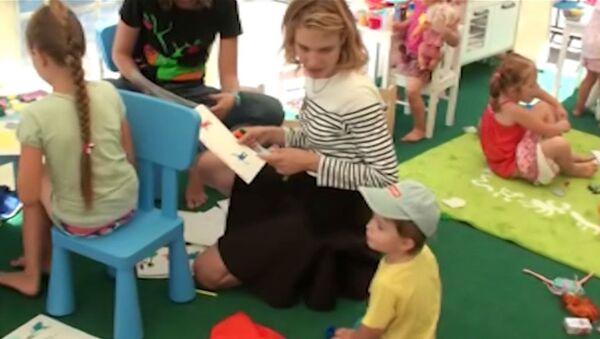 Дети играли с Натальей Водяновой на новой площадке в центре Крымска