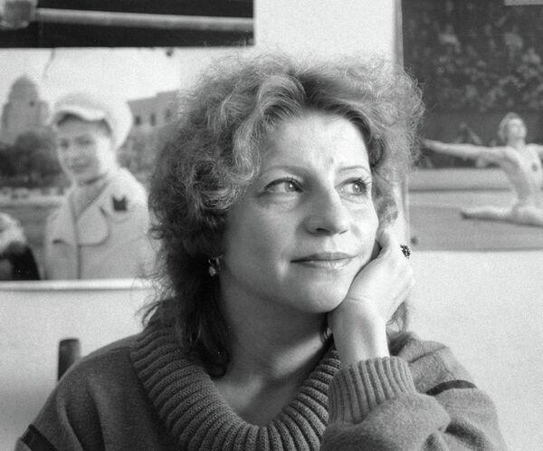Ольга Корбут. Архив