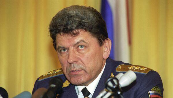 Главнокомандующий Военно-воздушными силами РФ П. С. Дейнекин. Архивное фото
