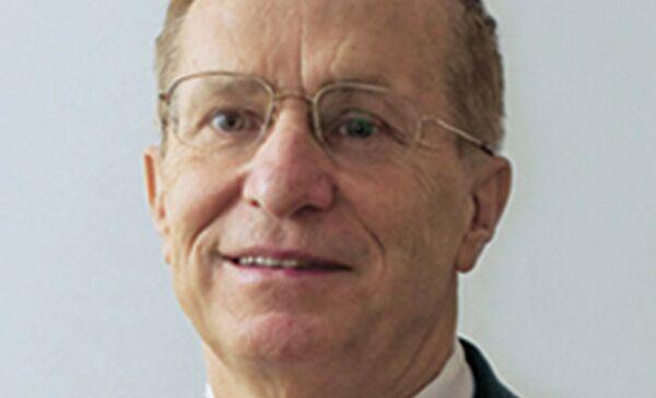 Генеральный конструктор НИКИЭТ, член-корреспондент РАН Юрий Григорьевич Драгунов