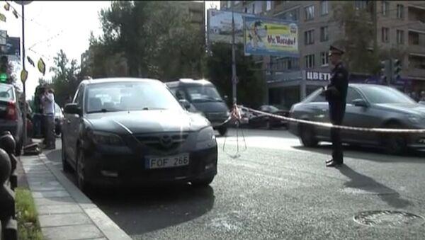 Ограбление со стрельбой на юге Москвы. Кадры с места ЧП