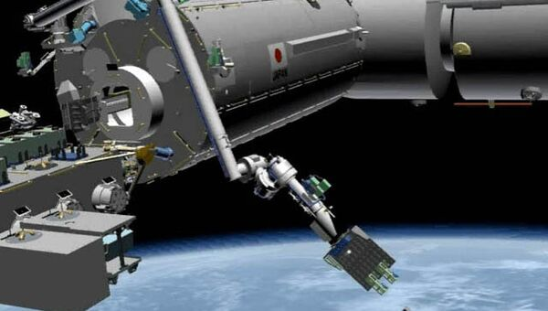 Запуск микроспутников CubeSat, архивное фото