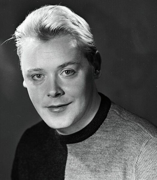 Актер Кирилл Столяров