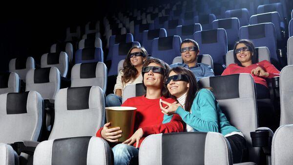 Зрители в кинотеатре. Архивное фото