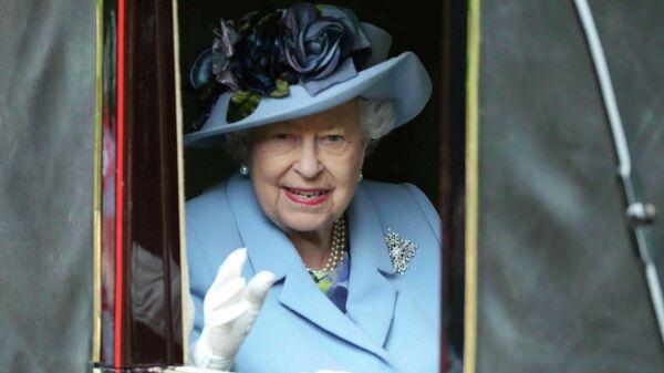 Door и после. Елизавета Вторая открыла Британии дверь в неизвестность