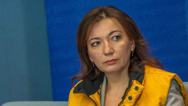 Глава Sputnik Эстония Елена Черышева во время пресс-конференции на полях сессии Парламентской ассамблеи Совета Европы