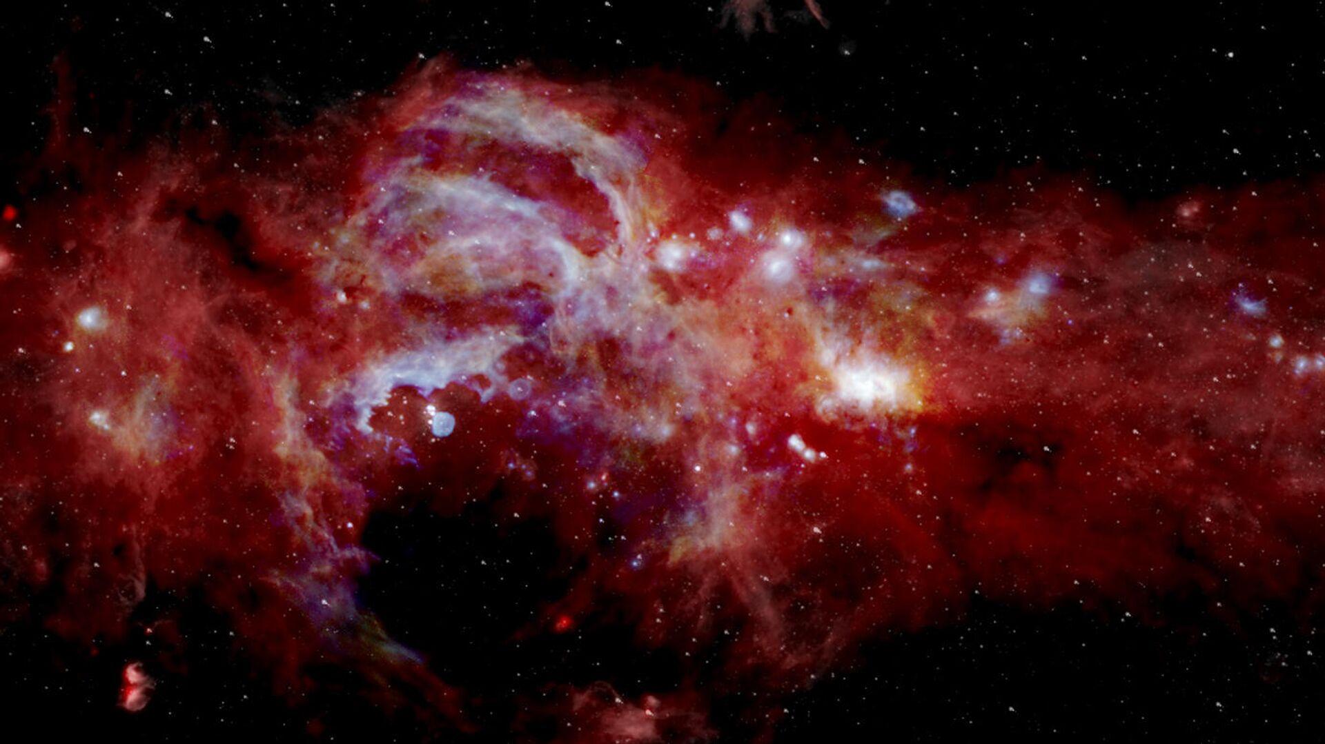 Составное инфракрасное изображение центра нашей галактики Млечный Путь, охватывающее более 600 световых лет - РИА Новости, 1920, 05.11.2020