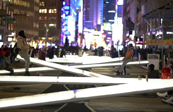 Интерактивная инсталляция Impulse на Таймс-сквер в Нью-Йорке
