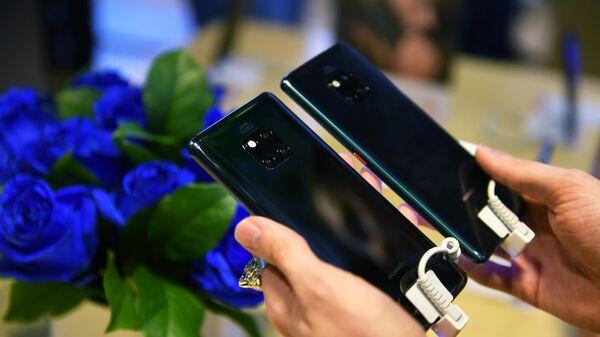Смартфоны Huawei Mate 20 Pro