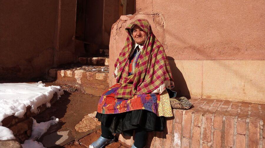 Иран. Абьяни, красная деревня в горах