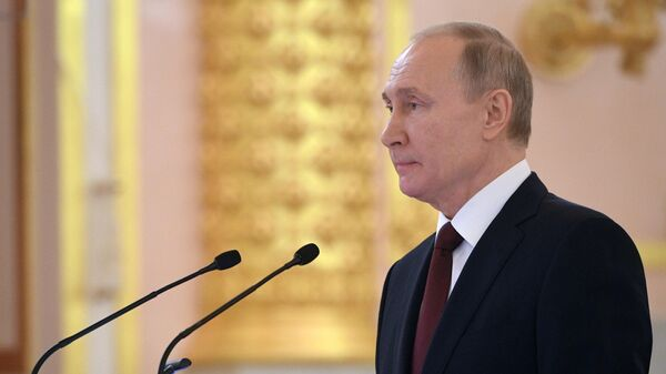 Президент РФ Владимир Путин выступает на церемонии вручения верительных грамот вновь прибывших послов иностранных государств
