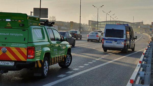 Автомобиль ДПС на МКАДе