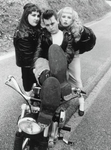Кадр из фильма Плакса