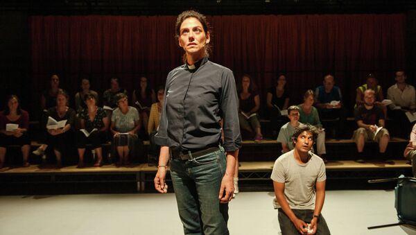Сцена из спектакля События (The events), фестиваль искусств Fringe в Эдинбурге