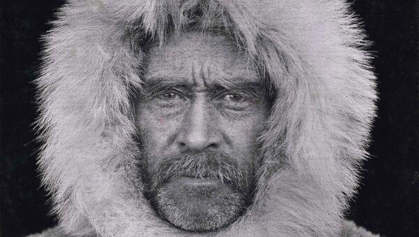 Портрет Роберта Пири (1856-1920), Кабо-Шеридан, Канада, сделанный неизвестным фотографом