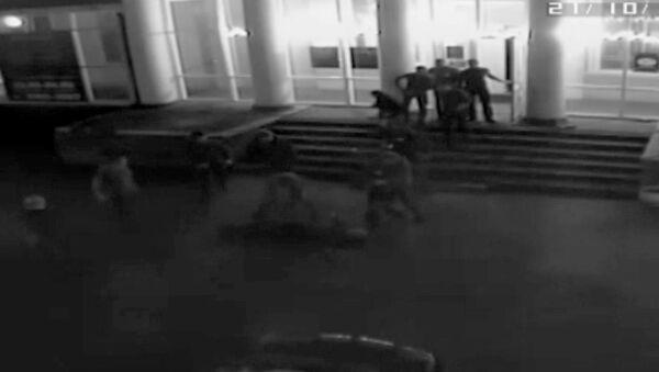 Драка с участием боксера, в которой погиб мужчина. Съемка камер наблюдения