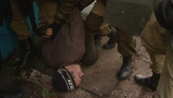 Стрелявшего в полицейских предполагаемого виновника ДТП скрутили