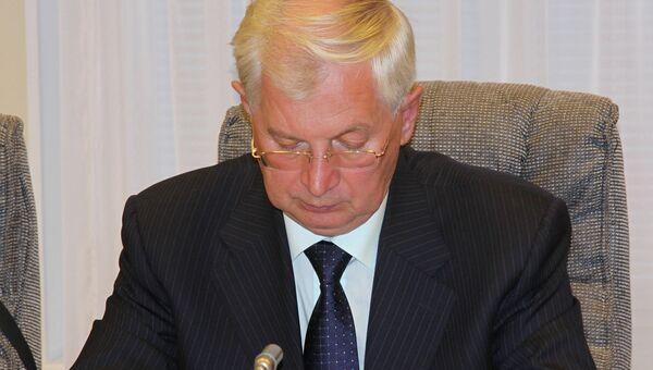 Уполномоченный по правам ребенка в Амурской области Виктор Марценко